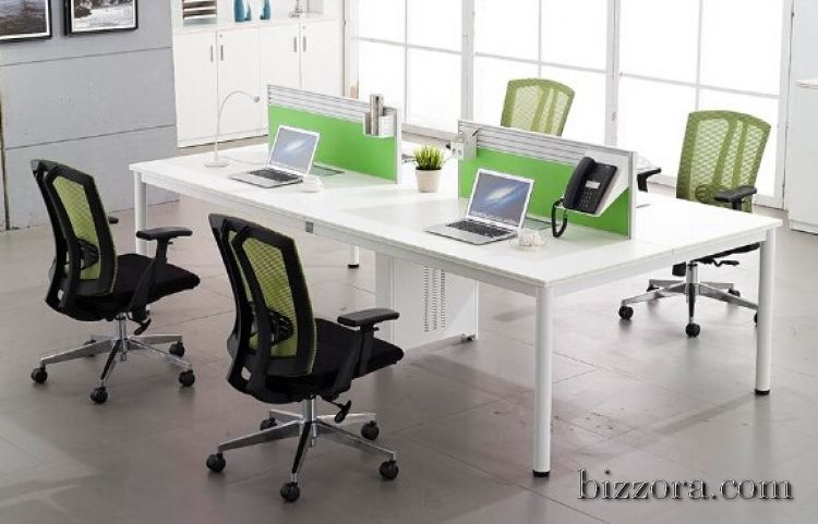 4 Seater Workstation with Soft Board Partition